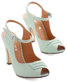 Demfon / Navid O Nadio Say It With Sophistication Heel in Mint