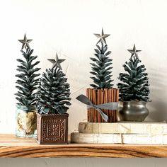 Pinecone Trees Traditional Christmas Tree, Real Christmas Tree, Alternative Christmas Tree, Christmas Cards To Make, Diy Christmas, Christmas Table Decorations, Holiday Decor, Holiday Ideas, Bird Seed Ornaments