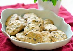 Chocolate Chip Cookies Recipe -  Yummy this dish is very delicous. Let's make Chocolate Chip Cookies in your home!