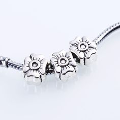 Charms Tibetan Silver Flowers Fits Pandora Flowers for 30pcs/lot 05 Beads