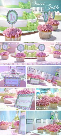 Pink and Green Dessert Table - Could work as a Baby Shower theme / Mesa de postres color rosa y verde, puede ser una idea para baby shower de niña.