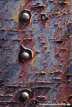 Bill Roque | por Rust-Art-Group More Texture Art, Texture Painting, Plaster Texture, Rust Never Sleeps, Rust Paint, Rusted Metal, Texture Photography, Peeling Paint, Beautiful Textures