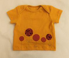 Dieses Shirt ist schon vor einiger Zeit fertig geworden und ich habe gerade wieder die Fotos entdeckt:) Es ist das Babyshirt von Klimperklein in der Kurzarm-Variante und in Größe 68. Schnitt: Babys…