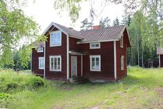 . German Houses, Sweden House, Red Houses, Red Cottage, Scandinavian Home, Cottages, Beautiful Homes, Building A House, Sweet Home
