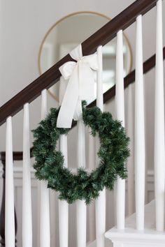 gorgeous 31 Affordable Indoor Christmas Stairs Decor Ideas That Will Amaze You