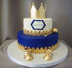 Little Prince Crown Baby Shower Cake - Kinder Torten - Baby Shower Royal Baby Shower Theme, Baby Shower Cakes For Boys, Boy Baby Shower Themes, Baby Boy Shower, Prince Themed Baby Shower, Prince Baby Showers, Royal Baby Party, Mickey Baby Showers, Baby Cakes