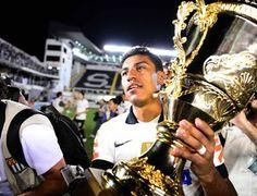 Paulinho: Campeão Paulista 2013 com o Corinthians