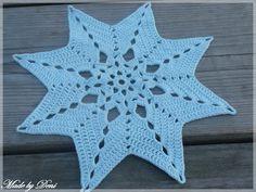 Made by Deni: Háčkování Crochet Bikini, Crochet Top, Crochet Chart, Snowflakes, Projects To Try, Stars, Crocheting, Women, Crochet Carpet