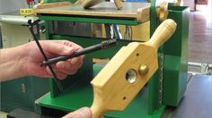 Woodworking Diy Gifts, Woodworking Tools, Homemade Machine, Woodshop Tools, Woodworking Equipment, Tool Storage, Wood Projects, Drums, Diy And Crafts