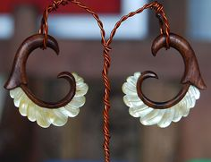 Silvia wood and mother of pearl, hanging, organic, ear gauges - 6g - 0g spiral…