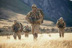 New Zealand Army Infantrymans from the 3rd Signal Squadron (Electronic Warfare)'s 31 Close Support Troop on patrol during Exercise HARDER-TIMES in the Craigeburn region of North Canterbury, 2014.