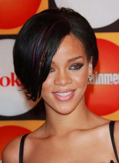 Rihanna - Her Hair Through the Years: Rihanna - June 2007