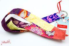 Schlüsselband von #Lieblingsmanufaktur: Farbenfrohe Loop Schals, Tücher und mehr auf DaWanda.com