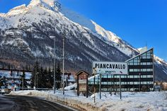 piancavallo in the winter, almost broke my neck there trying to snowboard! Aviano Italy, Living In Italy, Where The Heart Is, Snowboard, Over The Years, Places Ive Been, Mount Everest, Skiing, Maps
