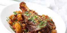 Lamb tajine dinner, with vegetables, topped with parsley and lemon rind. Roasted Lamb Shanks, Braised Lamb Shanks, Lamb Recipes, Curry Recipes, Slow Cooker Recipes, Healthy Recipes, Slow Cooked Greek Lamb, Moroccan Lamb Tagine, Tajin Recipes