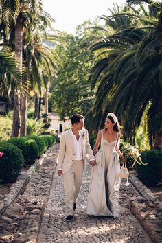 A wedding of two halves: how to create the perfect UK and overseas celebrations Chic Wedding, Wedding Styles, Wedding Photos, Dream Wedding, Second Weddings, Be My Bridesmaid, Celebrity Weddings, Bridal Style, Wedding Bells