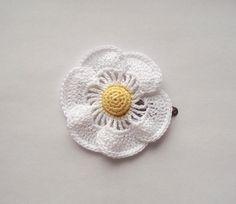flower hair clip  daisy hair clip daisy white and by SuzieSue1972, £5.50