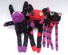 i love monster dolls AND sock dolls! perfect combo! will have to find some cute socks! :)