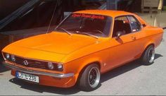 I've seen one a couple of years ago and I love the looks. Shame it had quite weak engines. Old Cars, Cars And Motorcycles, Old School, Dream Cars, Classic Cars, Engineering, Bike, Type 1, Vehicles