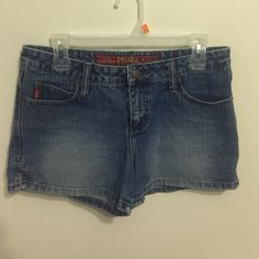 Mudd Shorts Mudd Shorts size 7, never worn. Mudd Shorts Jean Shorts