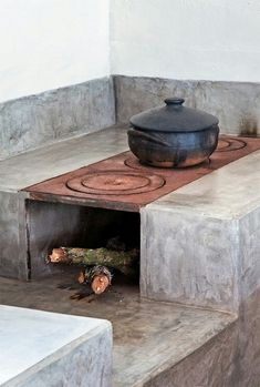 Would be great to incorporate this stove into an outdoor space! Reminds me of home!