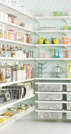Loving this gorgeous baker's pantry