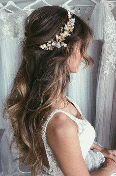 14 glamorous wedding hair half up half down hairstyles 4 Wedding Braids, Short Wedding Hair, Wedding Hair And Makeup, Hairstyle Wedding, Hairstyle Ideas, Gown Wedding, Wedding Cakes, Wedding Rings, Wedding Dresses
