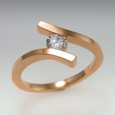 Promise ring - 14k - Twisted ring - April's birthstone - Rose gold ring - Diamond ring - Promise solitaire - Wedding ring - bridal ring