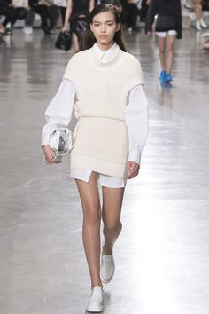 Paco Rabanne Fall 2017 Ready-to-Wear Collection Photos - Vogue