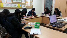 부천여성청소년센터에서 진행되는 꿈비들의 자가진단시간