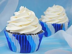 This is the Best Frosting You Will Ever Taste: Vanilla Cloud Frosting – Community Table