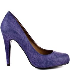 This style will keep you looking fabulous every time you put it on! Dimple features a purple matte snake textured upper with a light comfort pad filling the sole. A rounded toe, and a 4 1/4 heel height finish off this versatile pump.