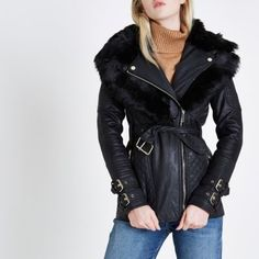 Faux leather fabric Quilted panels Long sleeve with double buckle detail cuff Waist buckle belt Biker collar Detachable faux fur trim Gold tone hardware Asymmetric zip front fastening Our model wears a UK 8 and is 175cm/5'9'' tall