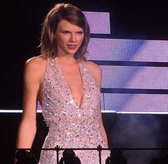 """Taylor Swift performing """"Style"""" at the 1989 Tour in DC 7/14/15"""