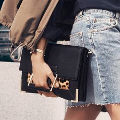 Great style? You've got this in the palm of your hand with the Eugeine Leather Clutch from @NineWest available with #Free2DayShipping for @ShopRunner members.