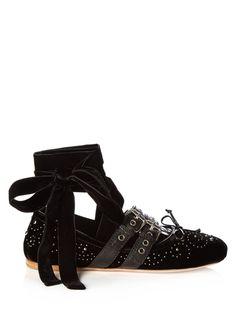 Shoe crush!