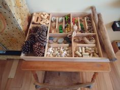 Loose parts/tinker trays! They offer a variety of materials and open ended play. Also a great option for outside--add a lid, or casters, etc. Play Based Learning, Learning Through Play, Early Learning, Kids Learning, Reggio Classroom, Classroom Projects, Kindergarten Classroom, Classroom Ideas, Quiet Time Activities