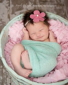 newborn pictures, headbands and aqua