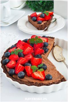 TARTA CZEKOLADOWA Z OWOCAMI (BEZ PIECZENIA) Lchf, Tarts, Waffles, Deserts, Food And Drink, Sweets, Bread, Cookies, Breakfast