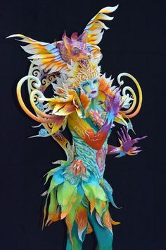 The World Bodypainting Festival Turns the Human Body Into a Colorful Canvas This elaborate bodypainting was designed by Italian artist Benedetta Carugati. (Source: Didier Messens/Redferns via Getty Images) Source by castrocarr. World Bodypainting Festival, Fantasy Makeup, Fantasy Art, Dark Fantasy, Ephemeral Art, Mystique, Carnival Costumes, Italian Artist, Face Art