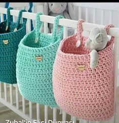 What a great idea Regrann Pracownia Shekoku fiveemalha croche cro - Crochet Stitches, Knit Crochet, Crochet Patterns, Wall Hanging Storage, Hanging Baskets, Crochet Storage, Diy Organizer, Crochet Home Decor, String Bag