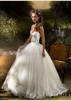A Vendre!! Robes de Mariée... Jette - 1090 Chaussures - Vêtements Occasion Belgique
