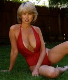 Cleavage Suzanne Danielle nude (49 photos) Topless, iCloud, braless