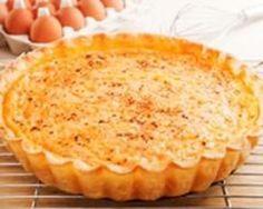 Quiche au saumon et aux endives : http://www.cuisineaz.com/recettes/quiche-au-saumon-et-aux-endives-5400.aspx
