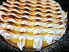 Hoy toca... Tarta de Limón - Masa quebrada, crema de limón y merengue suizo.