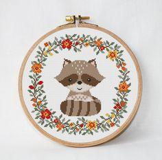 Raccoon cross stitch pattern baby wreath от AnimalsCrossStitch