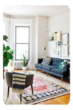 Living Room Decor. Automatically be excited by designs, trends & decorating advice to help with making your lounge the place where everyone wants to hang out. Having a range of helpful hints from interior specialists, just like boho-chic, classic and modern-day looks. 34122361 Change Your Living Room Decor On A Limited Budget In Six Steps