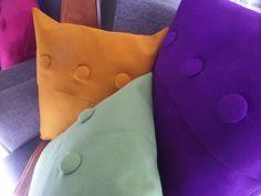 Jewel-toned, block coloured decorative throw pillows in BUREL (artisanal Portuguese wool fabric) Made in Portugal / Almofadas decorativas em BUREL colorido. Feito em Portugal