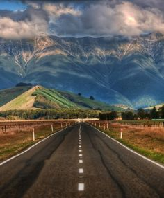 The-Long-Road-in-NZ