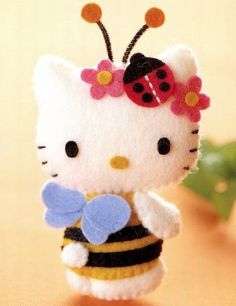 This HK bumblebee is so sweet... look at her little ladybug bow - love!  Felt Plush Pattern 5 Dressed Up Hello Kitty Mascot PDF